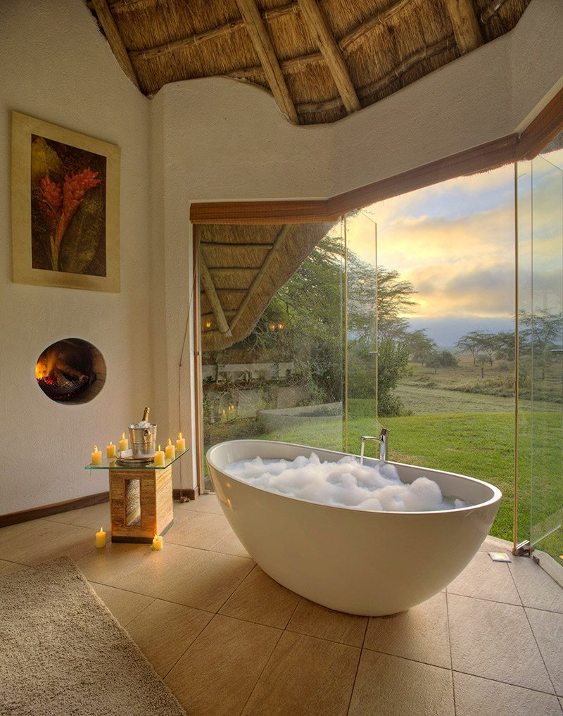 Luxury kenya safari lodge solio lodge art of safari for Bathroom ideas kenya