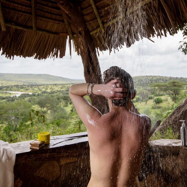 Have a shower with a view at Loisaba Star Beds. © Elewana Collection
