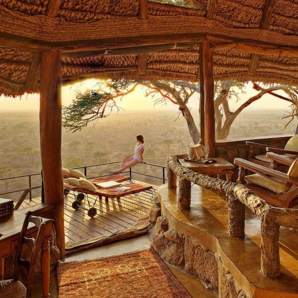With a view like this, there's no need to leave the large honeymoon suite at Elsa's Kopje Meru at all. © Elewana Collection