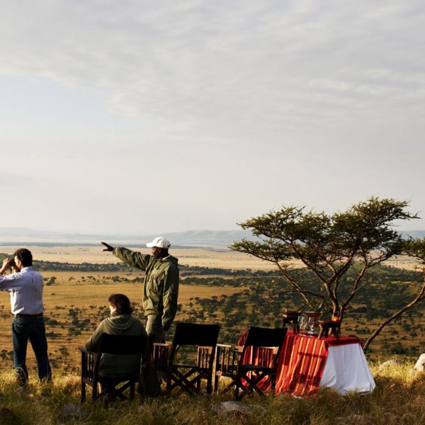 Stop for refreshments while on game drives from Sasakwa Lodge.
