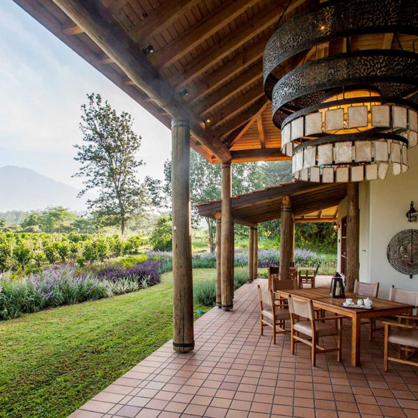 There are two large family cottages at Legendary Lodge. © Legendary Expeditions
