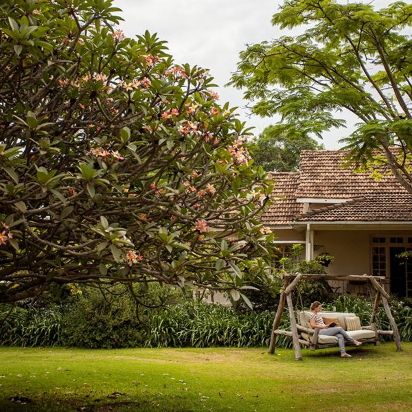 Legendary Lodge is set among beautiful, manicured gardens. © Legendary Expeditions