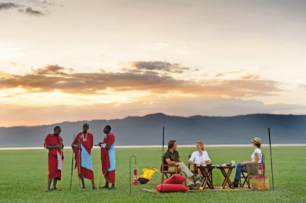 When staying at Chem Chem Lodge you can go for sundowners next to Lake Manyara. © Chem Chem Safaris Tanzania