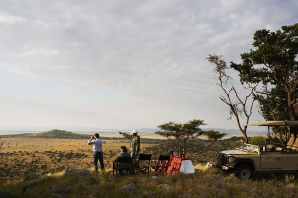 Your guide will teach you all about the Serengeti when you stay at Sasakwa Lodge. © Singita