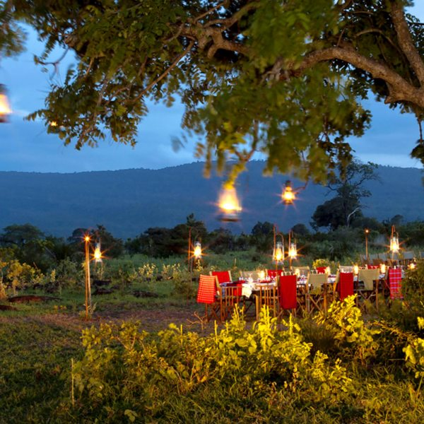 Dine safari style, under the African sky, at Beho Beho.