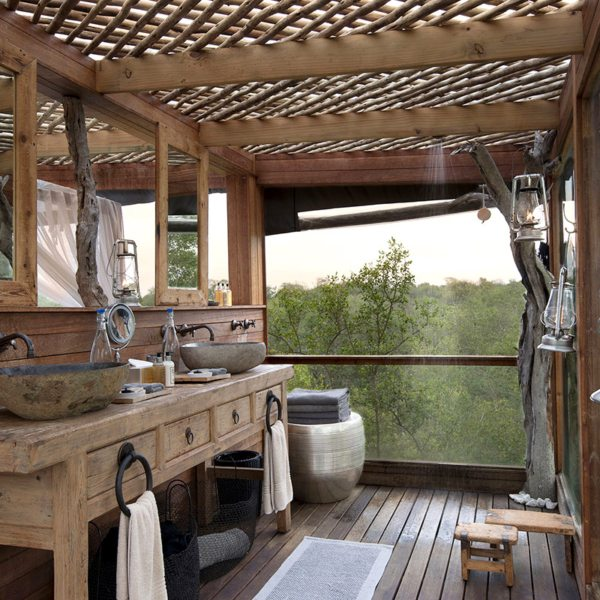 take in the views from all sides at kingston treehouse more private travel