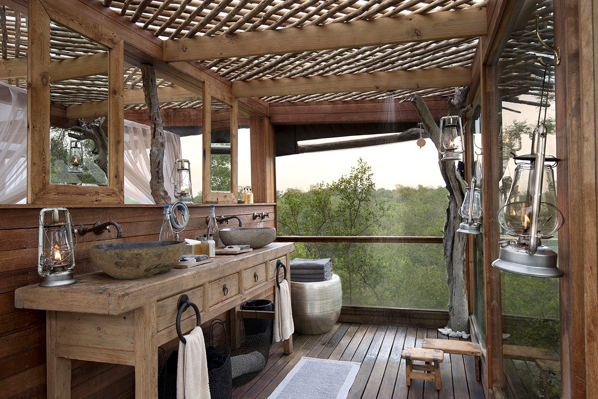 take in the views from all sides at kingston treehouse more private travel - Tree House Bathroom