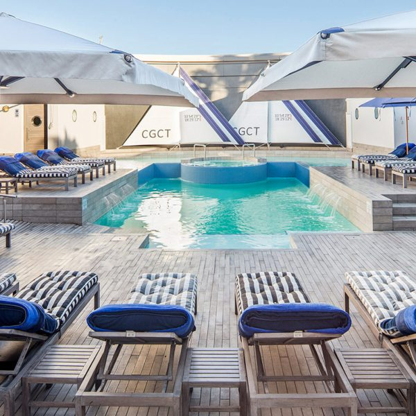 As with much of the hotel, Cape Grace's poolside area has a nautical theme. © Cape Grace