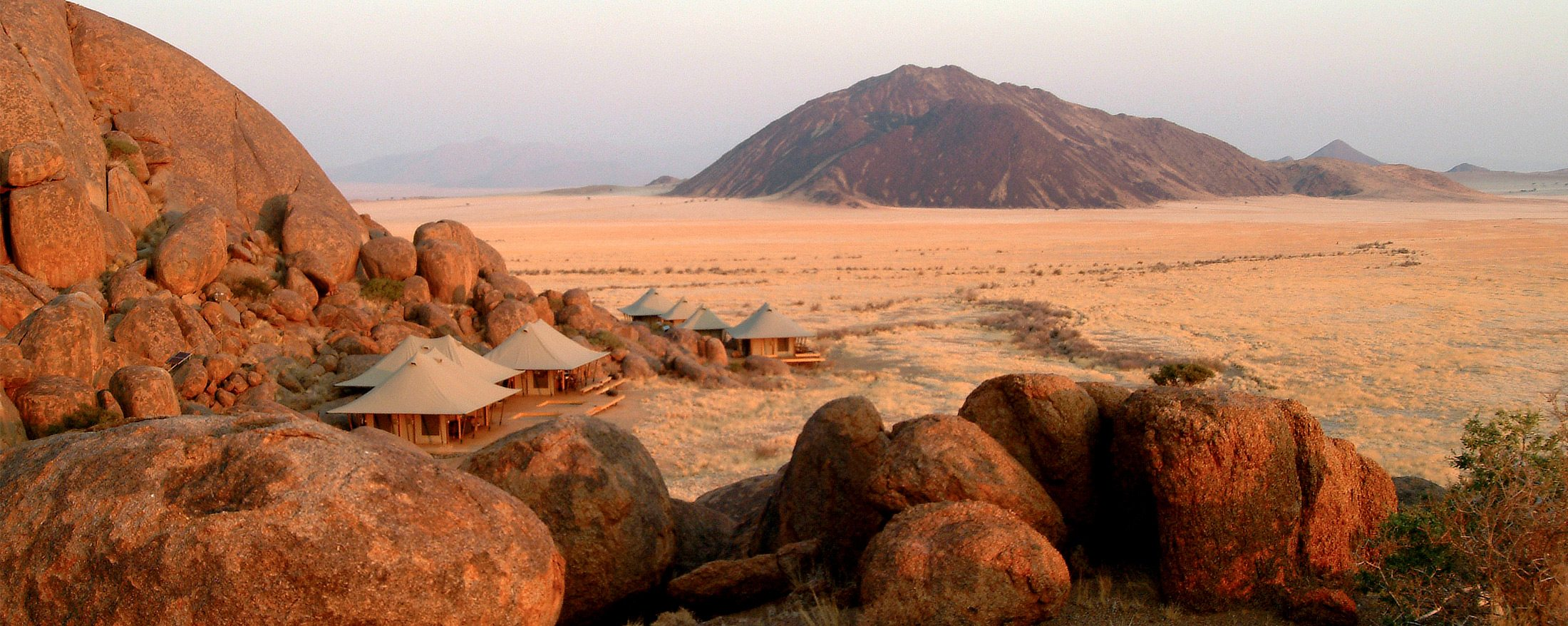 Boulders Safari Camp gets its name from the surrounding boulders.