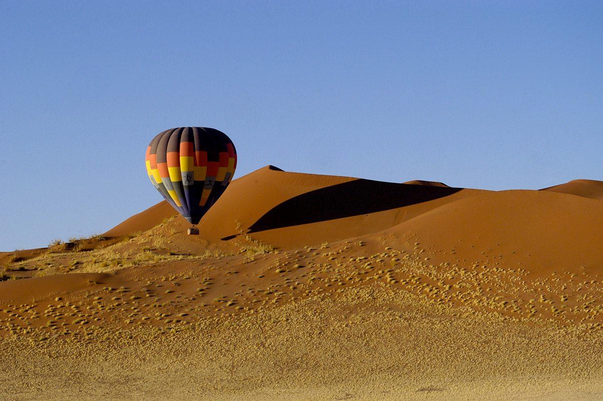 Experience A Balloon Safari In The Namib Desert Namibia Art Of - A hot desert