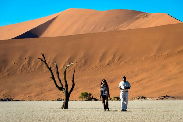 Your guide can tell you all about the formation of Deadvlei. © Wilderness Safaris