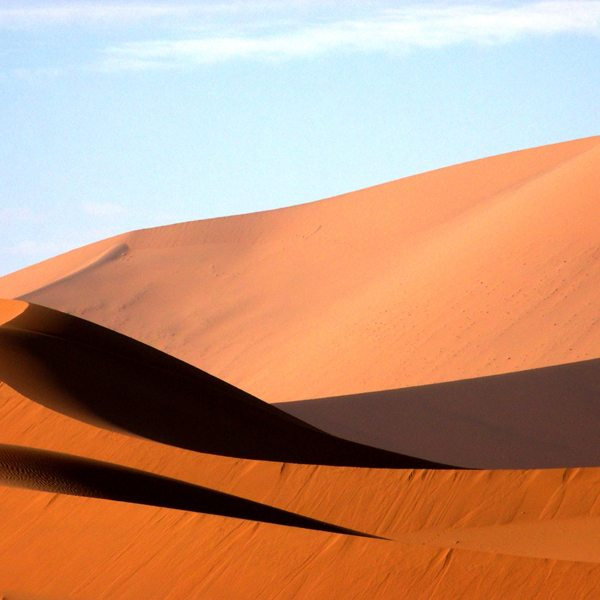 The dunes at Sossusvlei are famous for their red colour. © Peter Dunning