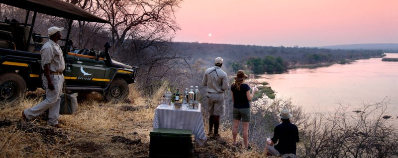 Zambezi river safari | When exploring the banks of the Zambezi, it's wonderful to pause for sundowner drinks and snacks.