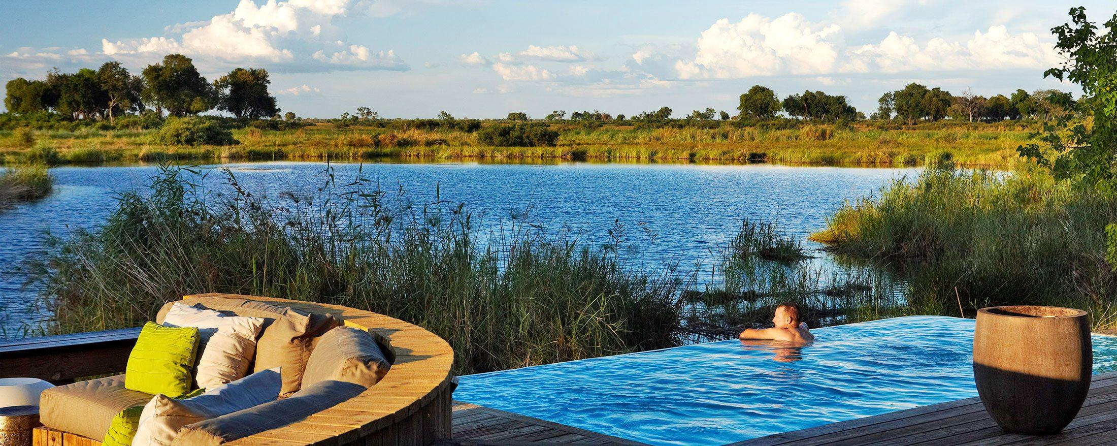 Kings Pool has a swimming pool overlooking the lagoon.