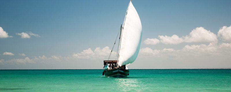 The wind will be in your sails, literally and figuratively, when you go island hopping in the Quirimbas.