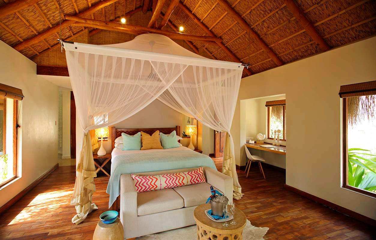 Luxury mozambique beach lodge azura benguerra island for Boutique retreats