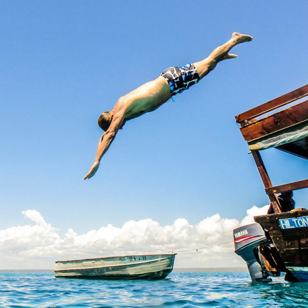 Dive off your dhow whenever you get hot while island hopping in the Quirimbas. © Ibo Island Lodge