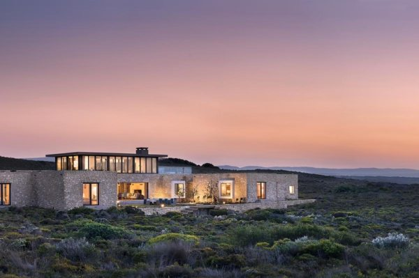 Ocean House is set in the pristine De Hoop Nature Reserve. © Morukuru Family
