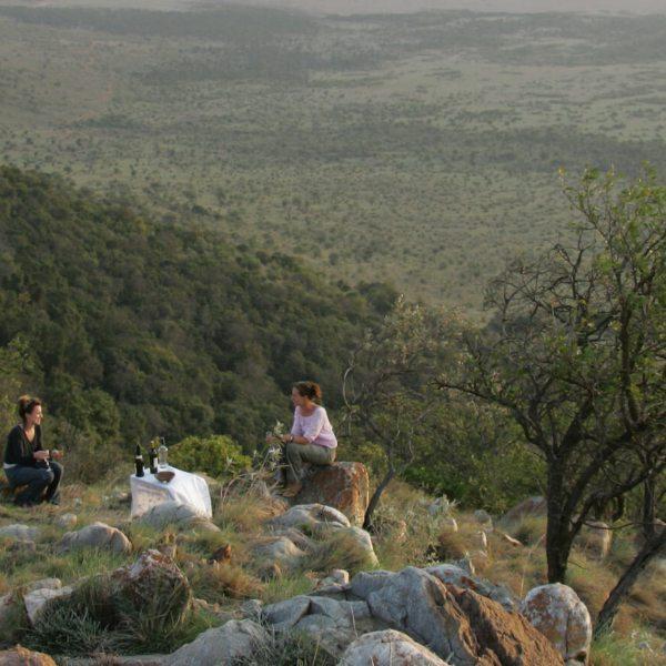 Safari sundowners at Saruni Mara come with a gorgeous view. © Saruni