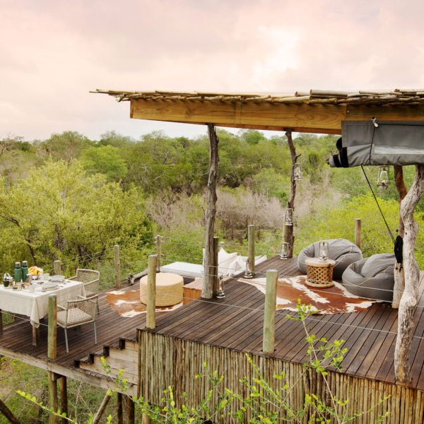 Kingston Treehouse affords spectacular views over the Greater Kruger on a honeymoon safari