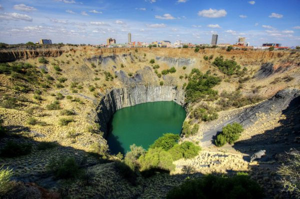 You'll get to see Kimberley's Big Hole on this trip. © Rovos Rail