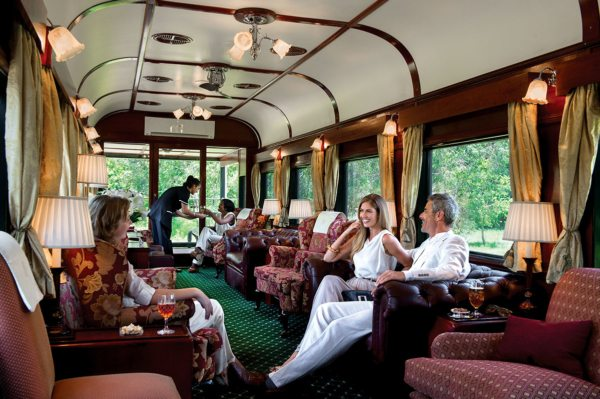 The observation car is designed to maximise your views. © Rovos Rail