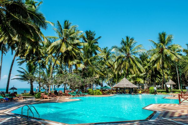 The shimmering pool at Serena Beach Resort & Spa is what dreams are made of. © Serena Hotels