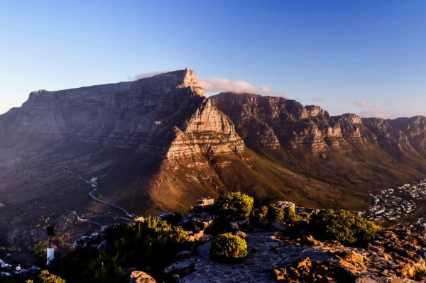 Beautiful Cape Town and the picturesque Table mountain.