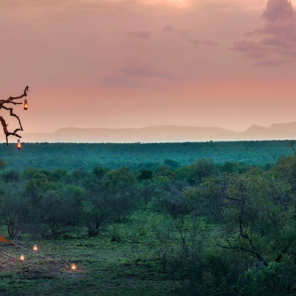 Tanda Tula Field Camp is an exclusive-use camp. © Classic Portfolio