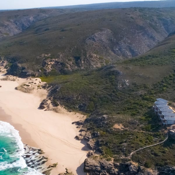 Lekkerwater Beach Lodge is set right on the coast. © Lekkerwater Beach Lodge