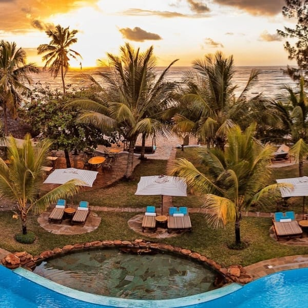 AfroChic Diani Beach has a glorious pool. © AfroChic Diani Beach