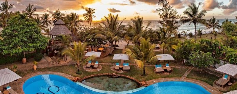 AfroChic Diani Beach has a glorious pool. © AfroChic Diani Beach